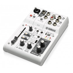 Yamaha AG03 mixer