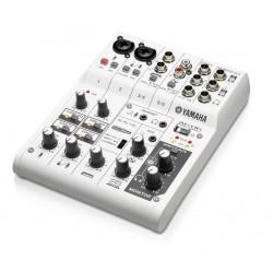 Yamaha AG 06 Mixer