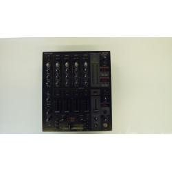 Behringer DJX 750